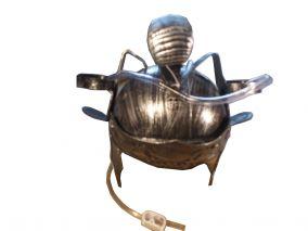Шлем РИМЛЯНИНА с  приспособлением для пивных банок