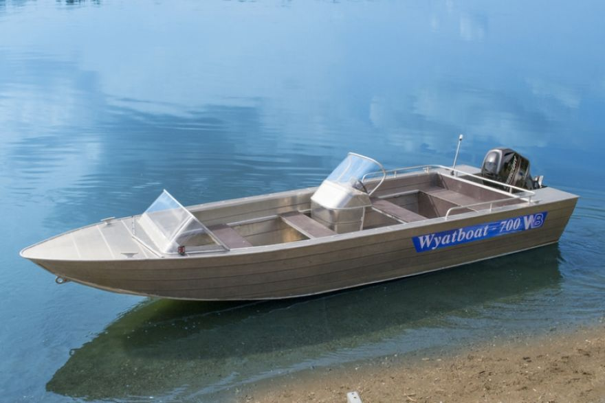 Wyatboat-700