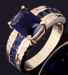 Позолоченное кольцо с сапфирами и цирконами