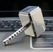 """Флешка """"Молот Тора"""" (USB 2.0, Samsung)"""