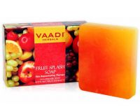 Fruit Splash Soap With Extracts Of Orange, Peach, Green Apple & Lemon