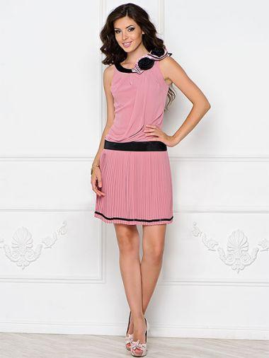 Стильное шифоновое платье с заниженной линией талии