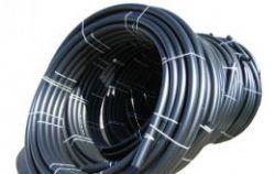 Труба гладкая ПВД в рулонах черная D63