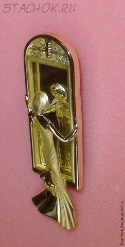 """Брошь """"Дама у зеркала-1"""" под золото"""