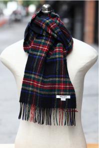 шарф 100% шерсть ягнёнка , расцветка королевский клан Стюартов (черный вариант) плотность 6