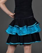 юбка с голубым гипюром