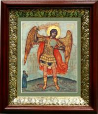 Михаил архангел, попирающий дьявола (19х22), темный киот