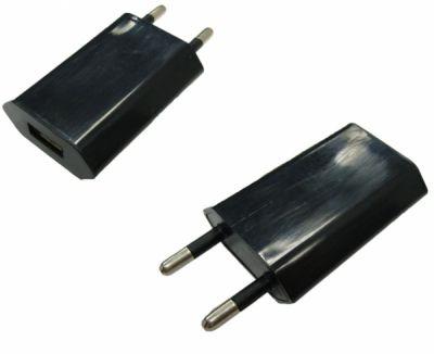 Вилка USB плоский черный (1000 mA, 5V)