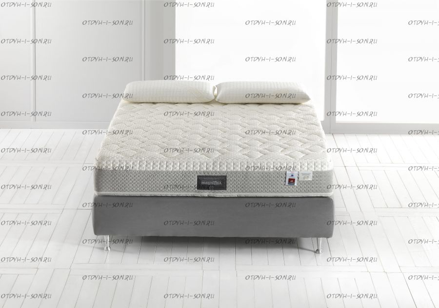 Матрас Comfort Plus 12 + наматрасник Magniflex