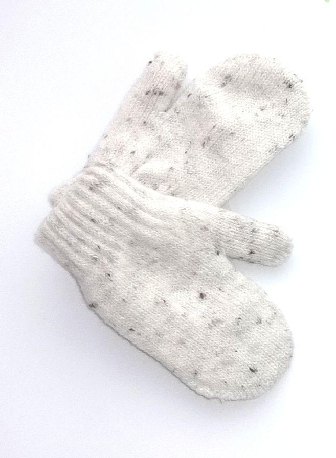 Белые двойные варежки для малыша 2-3 лет