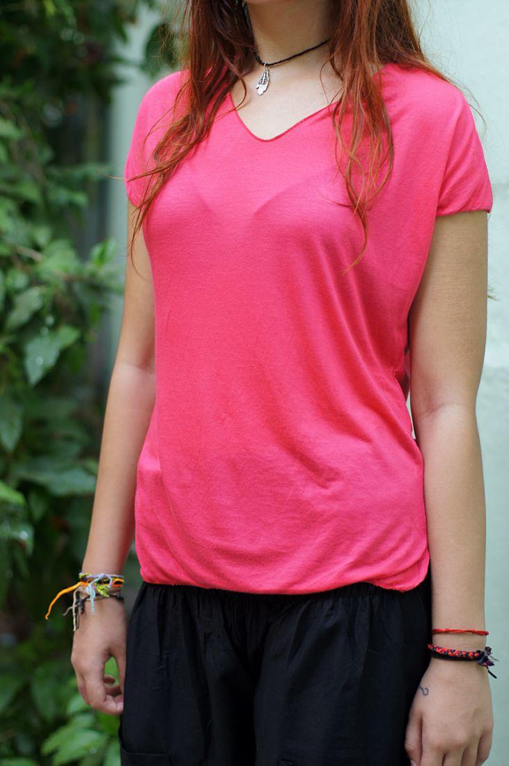 Розовая футболка из мягкого трикотажа (отправка из Индии)
