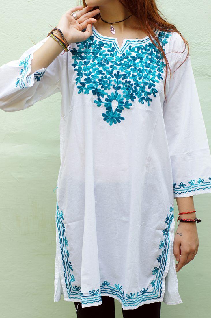 Женская индийская курта с бирюзовой вышивкой (отправка из Индии)