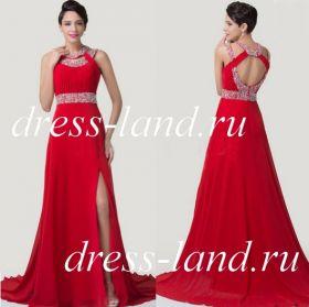Красное вечернее платье с разрезом и шлейфом