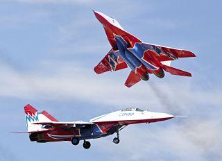 """Почтовая открытка МиГ-29. Пилотажная группа """"Стрижи"""""""