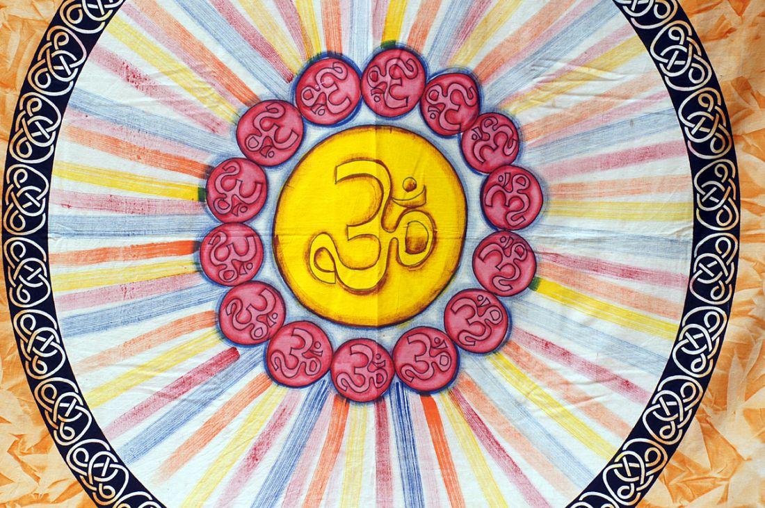 Покрывало из хлопка с символом ОМ, Индия