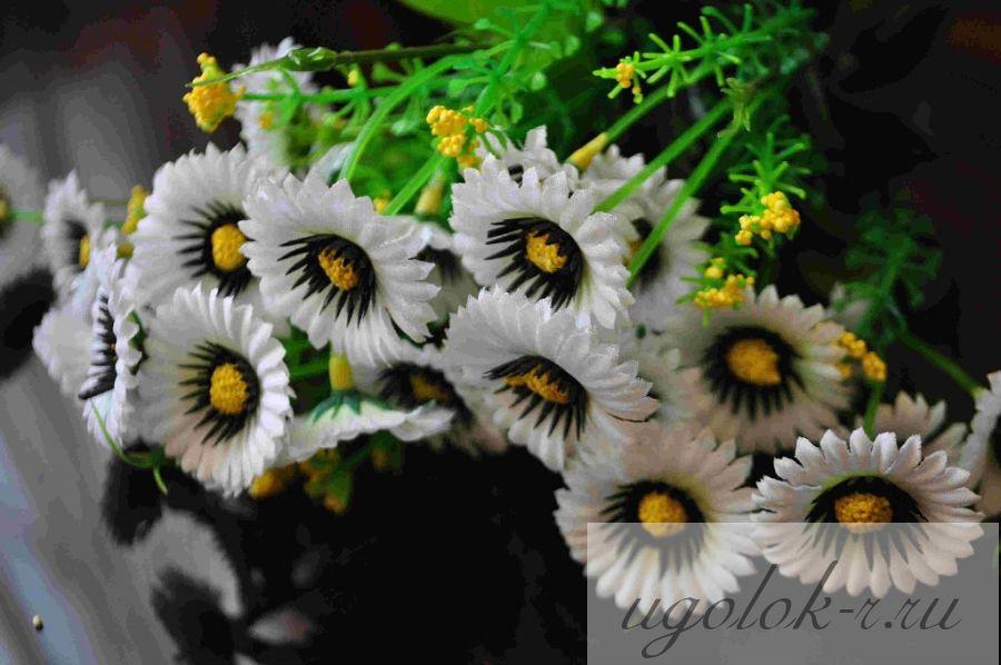 Цветочки мелкие букетом