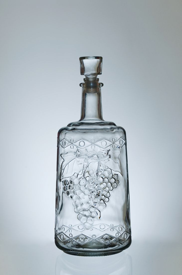 Бутыль Традиция с пробкой, 1,5 литра