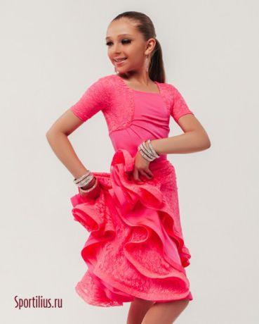 Розовое платье для девочки в ретро стиле