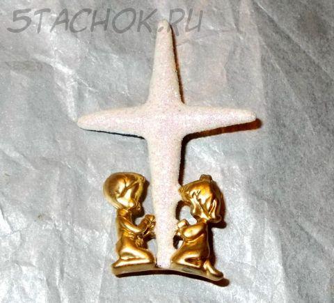 """Брошь """"Дети в молитве"""" под античное золото, блестки (Danecraft США)"""