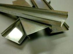 Крышка замкового лотка размер 400х50 толщина листа 1,00 (мм)
