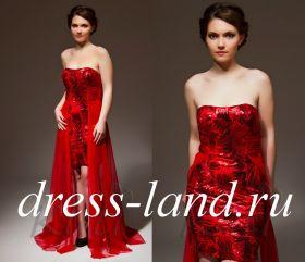 Ярко-красное вечернее платье, расшитое пайетками