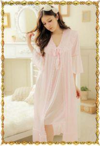 Розовый комплект: Сорочка с пеньюаром