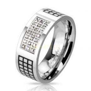 Стильное стальное кольцо Spikes с черненым орнаментом и цирконами