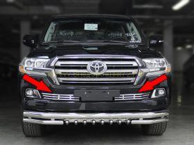 Решетка в передний бампер (Тип 1) для Toyota Land Cruiser 200 2015-