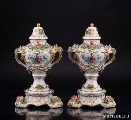 Две вазы, Sitzendorf, Германия., артикул 02195