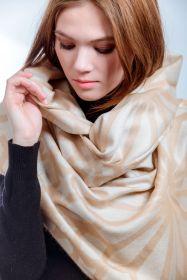 """теплый шотландский  большой шарф """"Созвездие Плеяд- Альциона """" 100% шерсть мериноса. плотность 5"""