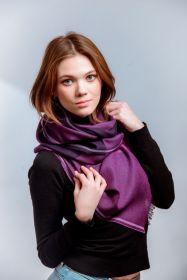 шотландский тонкий широкий легкий шарф  100% шерсть мериноса , Цвет- Лиловый -Сиреневый- Пурпурный. плотность 3