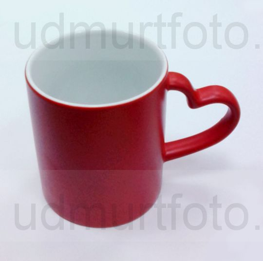 Кружка ХАМЕЛЕОН красная с ручкой в виде СЕРДЦА .Цена за кружку с Вашим изображением