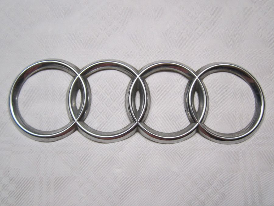 "Эмблема на решетку радиатора ""кольца"" AUDI A6 4A0853605 4A08536052ZZ 132605-9 Lucid"