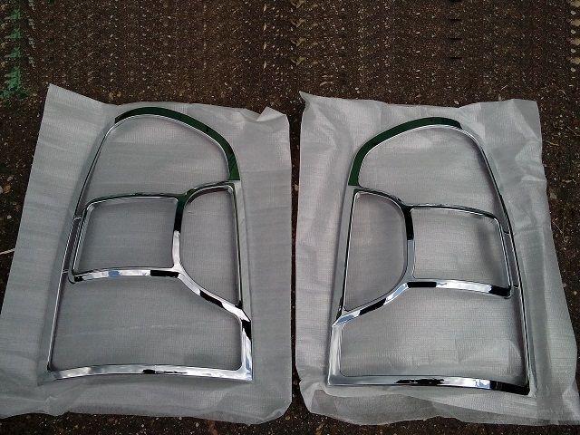 Молдинги хромированные задних фонарей HYUNDAI Trajet 08350-3A500 Hyundai/Kia