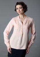 Женская блузка пудрового цвета