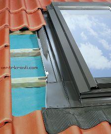 Изоляционный оклад для распашного окна EZW-P для профилированных кровельных материалов