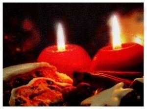 """Картина с подсветкой """"Красные свечи"""" (40 см x 30 см)"""