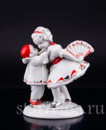 Девочка с веером и маленький пьеро, Hertwig & Co, Katzhutte, Германия, перв.пол.20 в