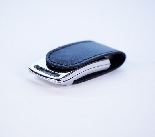 32GB USB-флэш накопитель Apexto U503I гладкая черная кожа OEM