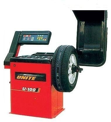 Балансировочный стендМаксимальный вес колеса: 64кгМощность двигателя: 0.2 кВтЭлектроснабжение: 110В/220ВТочность балансировки: ± 1 гСкорость балансировки: 220 об/минутДиаметр диска: 10'~24'(265мм~615мм)Ширина диска: 1.5'~20'(40мм~510мм