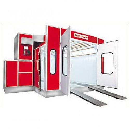 Сушильно-окрасочная камера.  Внутренние размеры (ДШВ): 6 x 4 x 2,65 м.  Производительность: 18 000 м3/ч.  Горелка: Riello RG 4S, мощность 237 кВт.  Полностью решетчатый пол, четырехстворчатая въездная дверь, боковая сервисная дверь, металлическое основани