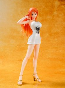 Figuarts ZERO Nami ONE PIECE FILM GOLD Ver.