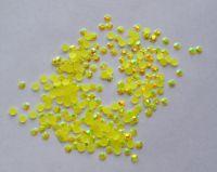 Стразы для дизайна ногтей голограммные (лимонные) 1000 штук