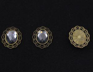 Кабошон со стразой, овал, цвет основы - медь, стразы - серебро, 29х24 мм (1уп = 10шт)