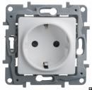 Механизм розетки 1-м Etika 672222 с/з защитные шторки винт белый