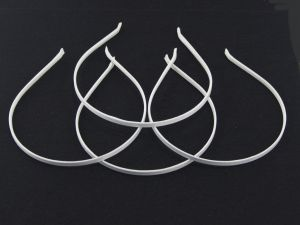 Ободок металл обтянутый тканью 5 мм, цвет: белый (1уп = 12шт)