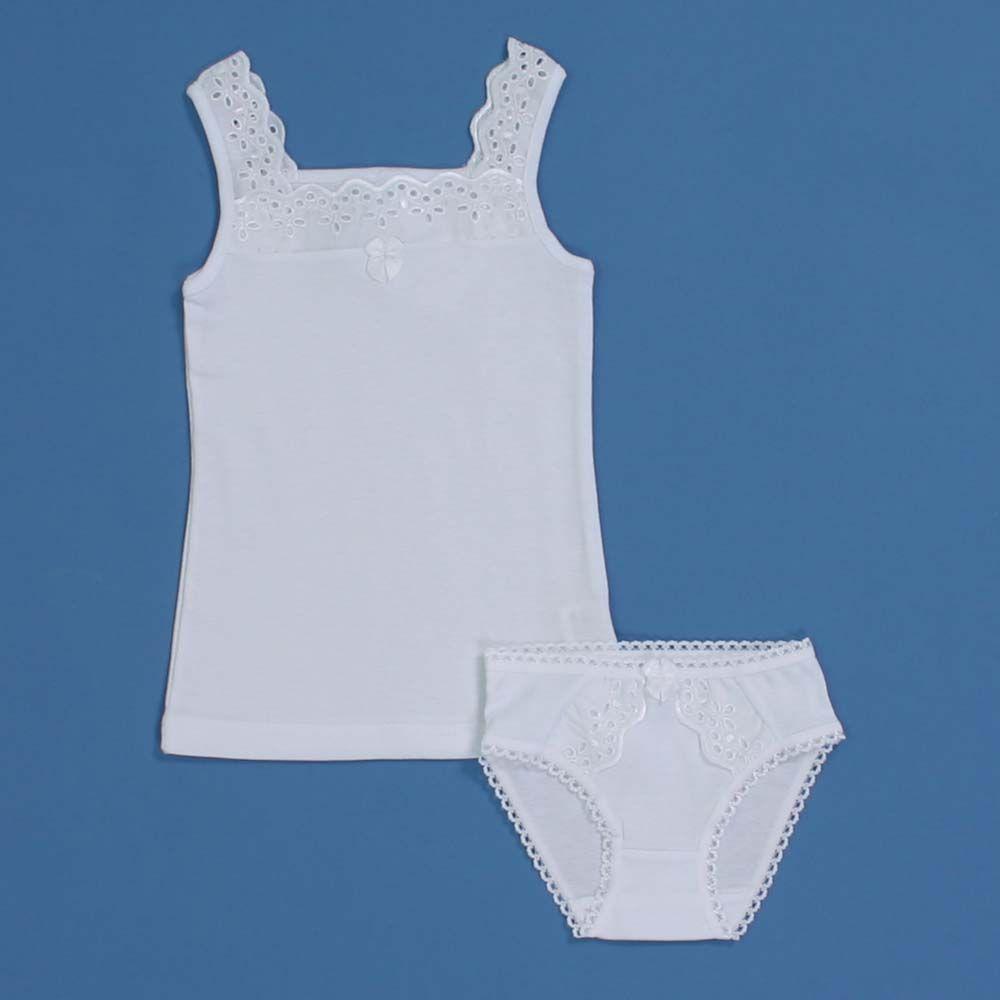 Комплект белого белья для девочки