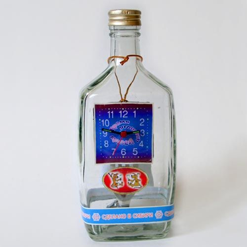 """Часы-сувенир """"Время угощать друзей"""""""