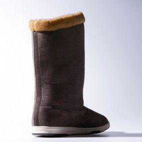 Женские сапоги adidas Sesnowstorm Women коричневые