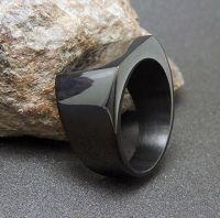 Перстень из стали черный